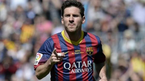 Lionel Messi pesebak bola gaji tertinggi di dunia