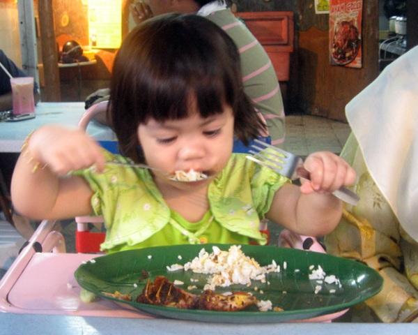 makan yang enak dimakan paling akhir