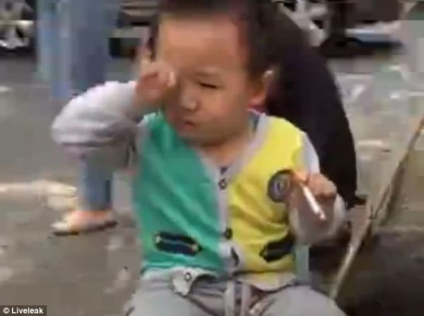 Bayi merokok