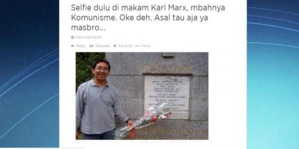Foto Fadli zon di kuburan karl Marx