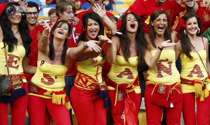 Suporter spanyol seksi